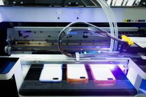 uv injet printing on smartphone cases.